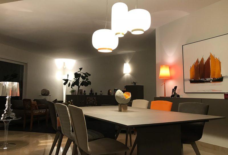 Gam Peinture et Décoration - Mise en place d'une peinture satinée dans le salon
